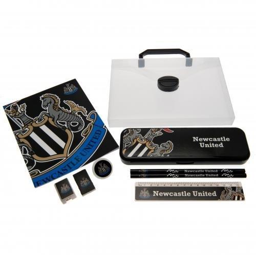 Newcastle United F.C. Schreibset CC BL- Bürozubehör-set in einer praktischen box 1 x notebook 18 x 14 cm, 1 x 2 x ruler- pencils- rubber- 1 x 1 x Bleistift, 1 x Papierrolle Schärfwerkzeug grip- 1 x Bleistift gelifert mit einer Schaukel tag- Offizielles Fußball-Merchandising-Produkt Chelsea Fc Cufflinks