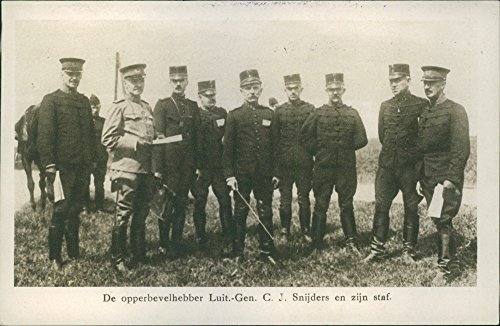 vintage-photo-of-picture-of-the-commander-lieutenant-general-c-j-cutters-and-his-staff-1925