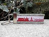 Schlüsselanhänger Mitbringsel hellgrau Nürnberg rot weiss Skyline Geschenk!
