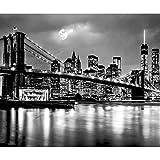 decomonkey Fototapete New York Manhatan City 400x280 cm XXL Tapete Wandbild Bild Fototapeten Tapeten Wandtapete Wandtapete Wand Schlafzimmer Wohnzimmer Grau Schwarz Weiß Nacht Brücke FOB0258a84XL