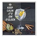 """Getränke-Untersetzer mit Aufschrift """"Keep Calm It's Gin O'Clock"""", bedruckt auf der Abbildung eines Glases mit Gin und Tonic mit pflanzlichen Zutaten."""