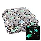 Kuscheldecke mit LEUCHTENDEN Sternen FILANTE | Decke 160x130cm Einhorn Stern Krabbeldecke (Sterne)