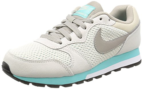 Nike Damen MD Runner 2 Sneaker, Grau (Light Orewood Brown/Cobblestone/Aurora Green 101), 39 EU