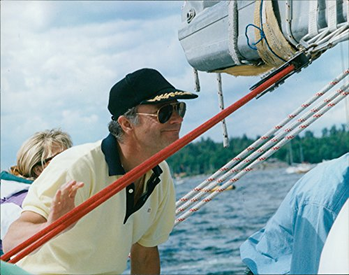 vintage-photo-of-king-carl-xvi-gustaf-on-board-the-boat-nicorette-during-the-europa-race-the-finish-