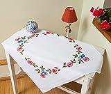 Kamaca ***Bezaubernde Stickpackung Blumenkranz - Stickdecke 80 cm x 80 cm - Spannstich vorgezeichnet - aus 100% Baumwolle - fertig Gesäumt - Qualitativ Hochwertig - Zum Sofort-Loslegen***