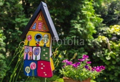 "Alu-Dibond-Bild 30 x 20 cm: ""Buntes Vogelhaus im Garten"", Bild auf Alu-Dibond"
