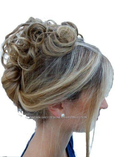 Elastico per capelli rivestito con extension a ciocche ricce per creare chignon alto o basso riflessi castani su biondo miele