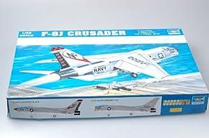Trumpeter 2273 - Caza F-8J Crusader importado de Alemania