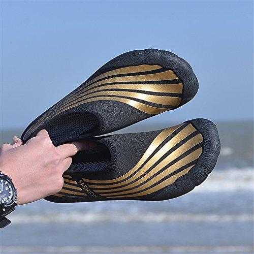 BELECOO Wasserschuhe Für Herren Schnell Trocknende Aquaschuhe Slip-on IM Freien Athletische Sport Turnhallen Schuhe Für Kayaking, Wandern, Surfen Braun