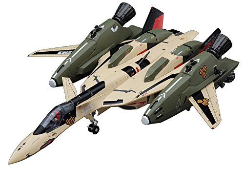 Hasegawa Robotech Macross Frontier VF-19EF/A Isamu Special 1/72 Scale Model Kit