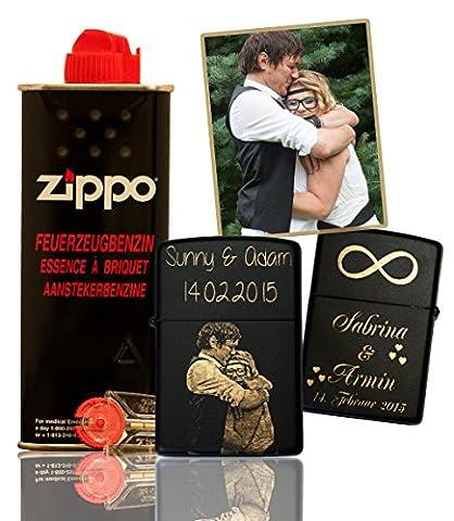 GRAVINA - Original Zippo Black Matt mit deinem Foto und Wunschgravur | inkl. SET (Flints etc…) |Bild und Text auf deinem Zippo graviert | Unikat | Komplett – Set | individuelles und persönliches Zippo | Geschenk für Raucher | Geschenk zu Weihnachten