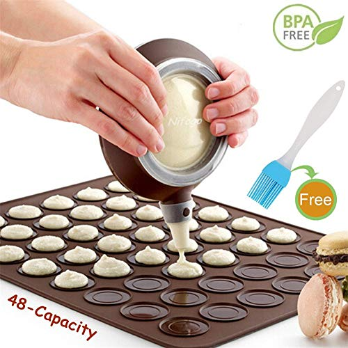 Macaron Molde - 48 Capacidad Macaron Silicone Baking Mat y decorating Pen Icing Tips con 4 boquillas...