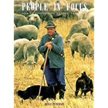 People in Focus: How to Photograph Anyone, Anywhere by Bryan Peterson (1993-10-06)