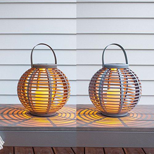 Offre Spéciale : Lot de 2 Lanternes LED Solaires Rondes en Rotin pour Jardin par Lights4fun