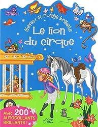 Lion du cirque chevaux et poneys brillants