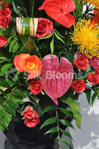 Silk Blooms Ltd Kunstblumen-Arrangement Anthurium und Calla-Lilie, mit Rosen, Protea und Heliconia, Rot