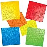 Plaques en Plastique avec Imprimé Peaux d'Animaux en Relief que les Enfants pourront Griffonner pour Créer des Motifs Exotiques et des Dessins (Lot de 4)