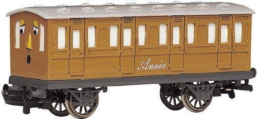 bachmann-trains-thomas-and-friends-annie-coach-by-bachmann-industries-inc