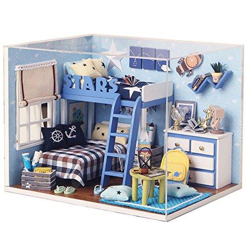 Qearly Suess Holz Mini Haus LED-Licht Miniatur Puppenhaus Schlafzimmer DIY Dollhouse Kit Abdeckung Mit Moebel-Blau