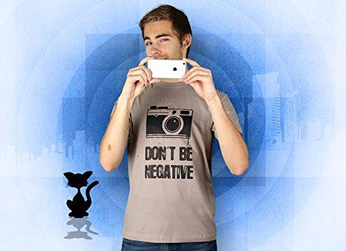 Don't Be Negative - Herren T-Shirt von Kater Likoli Light Gray