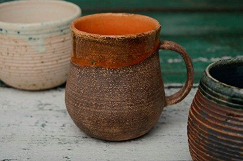 tasse-ceramique-peinte-dengobes-miel