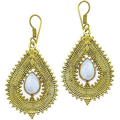 Chic-Net orecchini di pietra di luna a goccia catenina con punte a croce in ottone anticato dorato senza nichel Orecchini in ottone Tribal