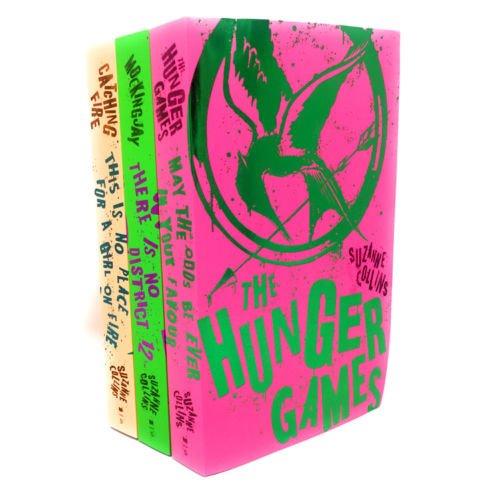 Hunger Games The Trilogia-Cofanetto di 3libri, The, ragazza di fuoco (Catching Fire),Il canto della rivolta (Mockingjay)