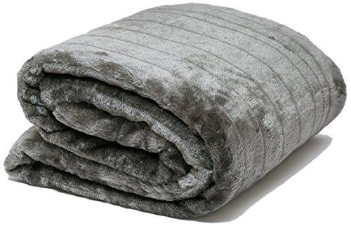 AIREE FAIREE FellDecke Imitat Pelz Kuscheldecken SofadeckeTagesdecken für Betten Stühle Tagesdecke mit Fleece auf der Rückseite und Lagerung Tasche 140 x 180 cms