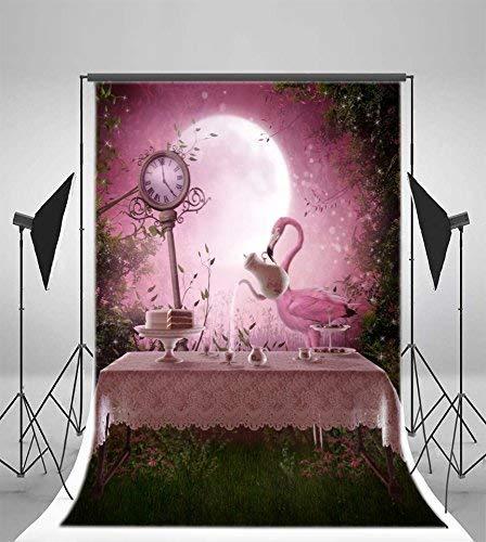 EdCott 3x5ft Vinyl Hintergrund Fotografie Hintergrund Fantasy Garten Rosa Flamingo Tisch Tee-Set Rosa Ton Abend Landschaft Uhr Vollmond Wunderland Wald Prinzessin Mädchen Baby Porträts Halloween