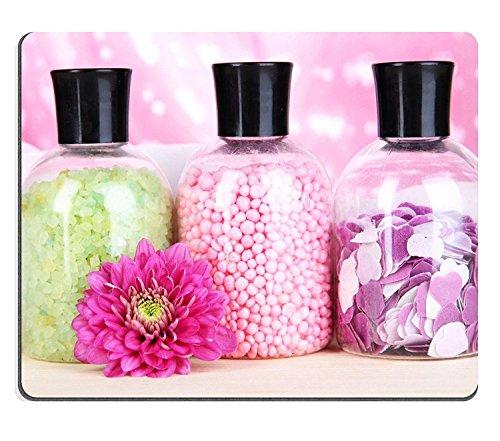 luxlady Gaming Mousepad Bild-ID: 22587122Aromatherapie Mineralien bunt Badesalz auf rosa Hintergrund (Aromatherapie-badesalz)