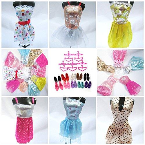 Image of 15 Pieces of Barbie Doll Dresses Clothes Hangers & Shoes Bundle Lot D5