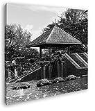 exotischer Pavillon mit Holzschildkröten Format: 60x60 Effekt: Schwarz&Weiß als Leinwandbild, Motiv fertig gerahmt auf Echtholzrahmen, Hochwertiger Digitaldruck mit Rahmen, Kein Poster oder Plakat