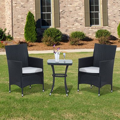 Webb 2-Sitzer Bistro Set mit Kissen–Diese Rattan Bistro Set, inklusive 2Stühle und ein passender Tisch, ist perfekt für Esszimmer oder Trinkwasser in der frischen Luft. (Bistro-statue)