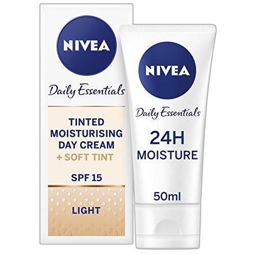 NIVEA Diarios Esenciales Tinted Día Crema Hidratante Natural SPF 15, 50 ml - Paquete de 3