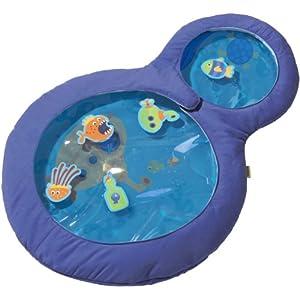 HABA 301184 – Wasser-Spielmatte kleine Taucher, wasserbefülltes Baby-Spielzeug mit beweglichen Schwimmelementen und Zwei Guckfenstern, Spielzeug ab 6 Monaten