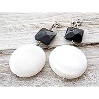 Orecchini argento 925, pendenti con onice nero e dischi di madreperla bianca, gioielli contemporanei, bijoux pietre dure, gioielli artigianali