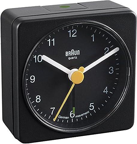 Braun BNC002 BKBK Quarzgesteuerte Batterie-Weckuhr,