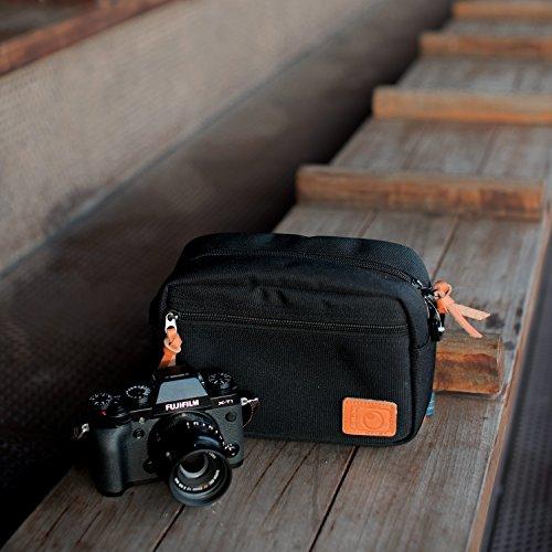 Resistente alle intemperie e borsa custodia da viaggio per fotocamera digitale compatta W/divisori regolabili e tracolla-Fits Select Compact Nikon, Canon, Samsung, Panasonic, Sony, Pentax, Fujifilm