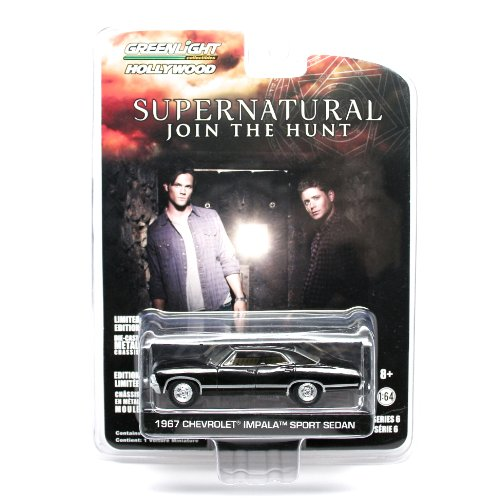 1967-chevrolet-impala-sport-sedan-from-the-television-show-supernatural-greenlight-collectibles-164-