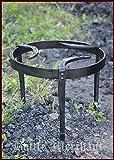 Mittelalterliches Dreibein, Pfannenrost, geschmiedet aus Stahl