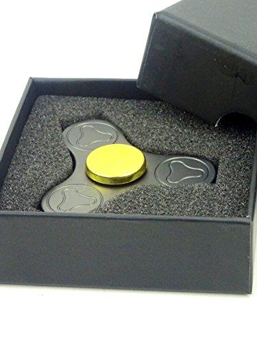 Christmas Concepts® - Metal Tri Round Hand Fidget Spinner - Stress Reducer, Stress Relief, Autismus - Matt Grau und Gold Design