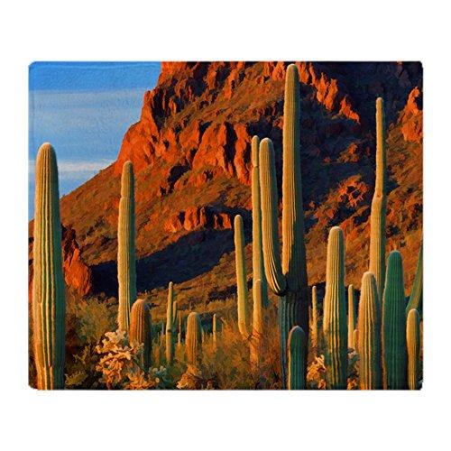 CafePress Überwurfdecke Arizona Desert Saguaro Kaktus und Mo 50x60 weiß