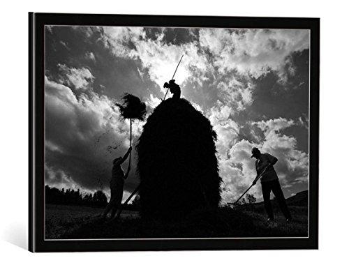 """Quadro con cornice: Vlad Dumitrescu """"capita (the haystack)"""" - stampa artistica decorativa, cornice di alta qualità, 50x35 cm, nero / angolo grigio"""