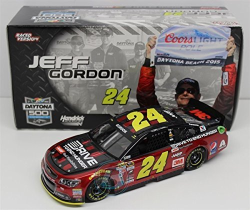 jeff-gordon-24-aarp-dteh-daytona-500-pole-award-2015-nascar-sprint-cup-series-die-cast-car-1-24-124-