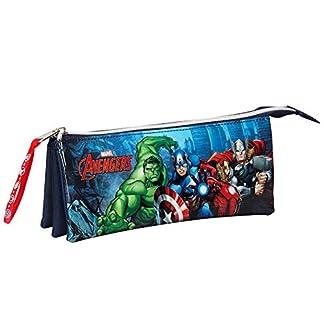 Avengers- Estuche portatodo Triple Lleno 34 Piezas (SAFTA 811634706)