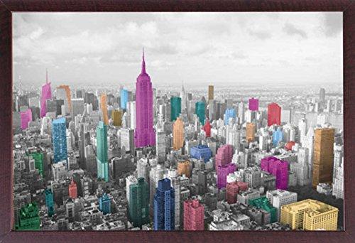 Manhattan-walnuss (New York - Manhattan Coloured - Poster Foto Manhattan New York NYC USA - Grösse 91,5x61 cm + Wechselrahmen, Shinsuke® Maxi MDF Walnuß, Acryl-Scheibe)