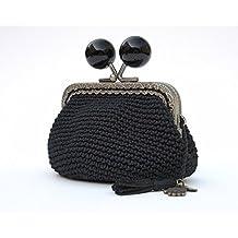 Monedero de mujer tejido a mano en ganchillo negro con boquilla de bolas negras de estilo