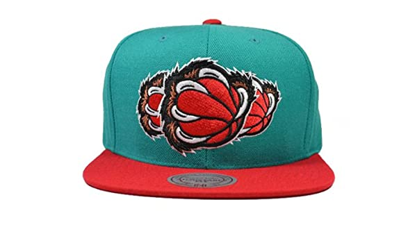 d6455765097 Vancouver Grizzlies TRIPLE STACK SNAPBACK Mitchell   Ness NBA Hat   OSFM   Amazon.co.uk  Sports   Outdoors