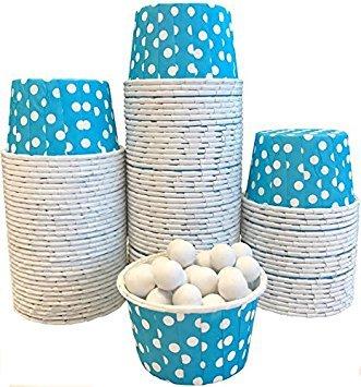 Außerhalb der Box Papier Polka Dot Bulk CANDY Mutter Mini Backförmchen 100Stück hellblau mit weißen Punkten