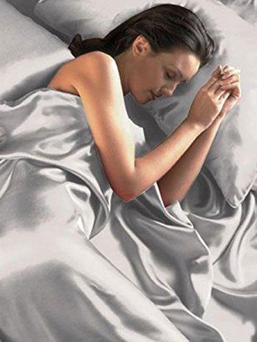 Iintimates - completo per letto matrimoniale in satin di seta con fodera per piumone/duvet, federa e lenzuola in coordinato, colore: argento